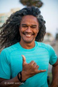Whakapaingia Luke Yoga